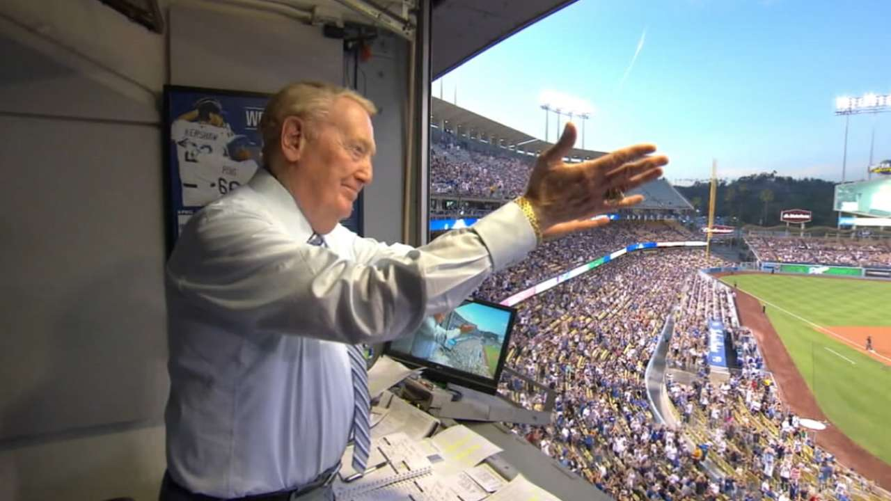 Best Videoboard Moment: Scully