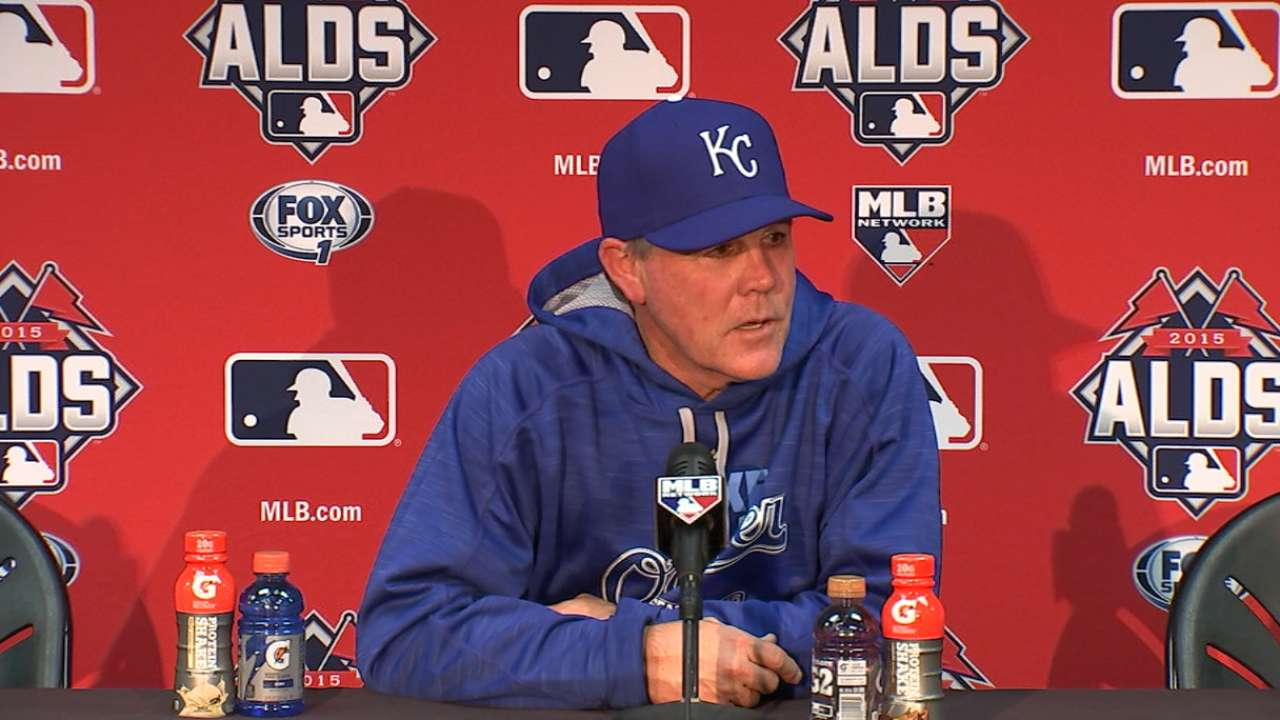 In tough spot, KC shows playoff mettle