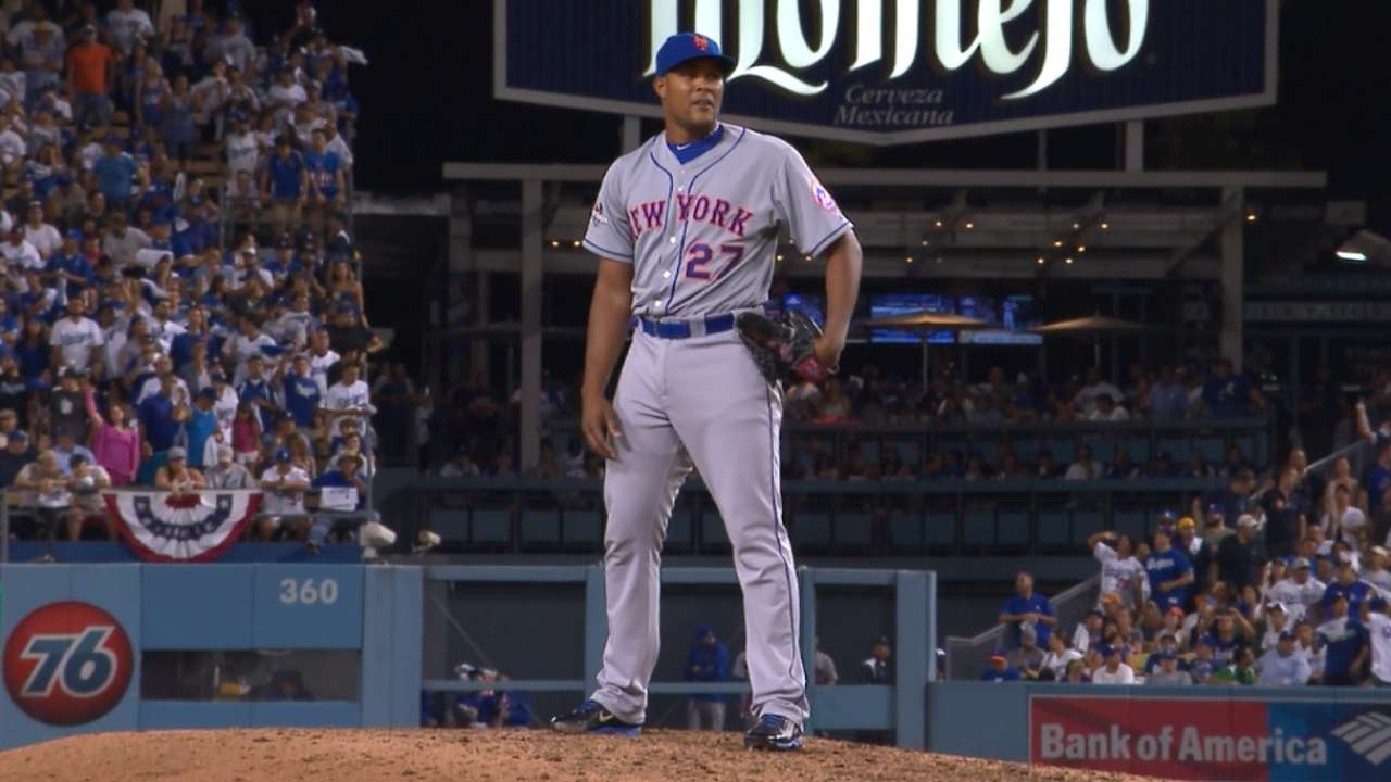 Collins opts for reliable Familia for 4-out save