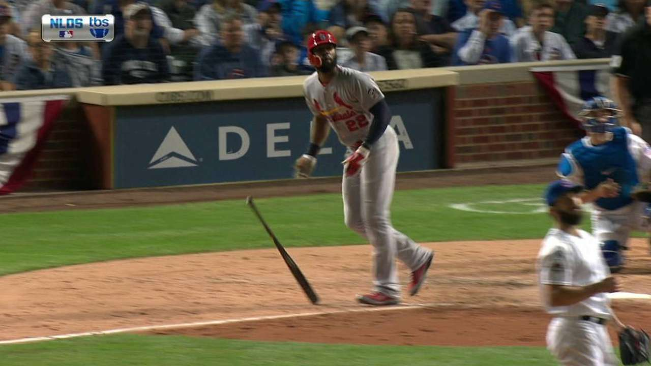 Heyward's two-run homer