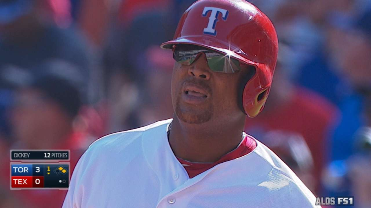 Ailing Beltre to continue playing through pain