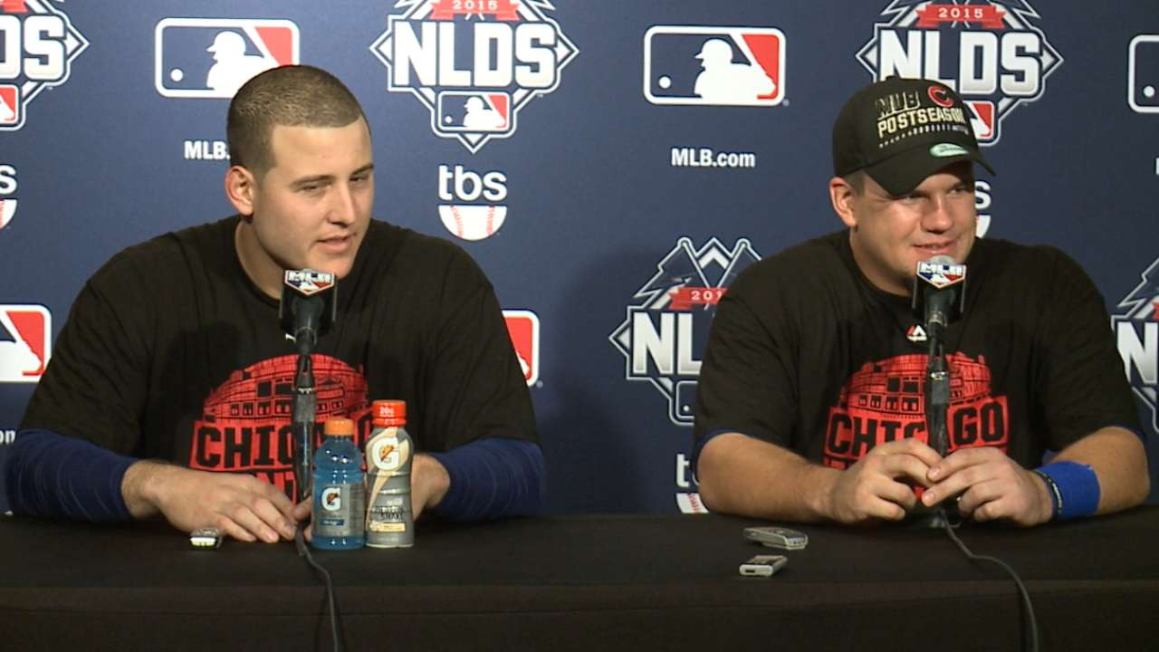 Rizzo, Schwarber on advancing