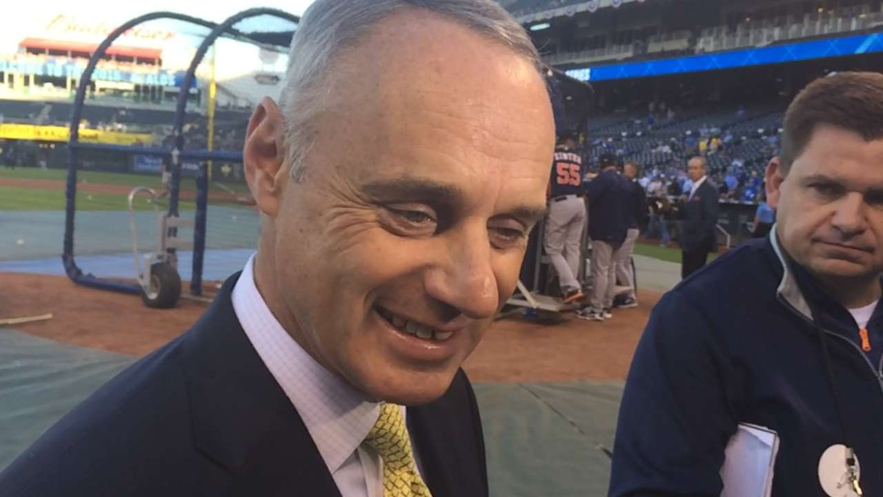 Manfred: MLB to look at rules for middle infielders