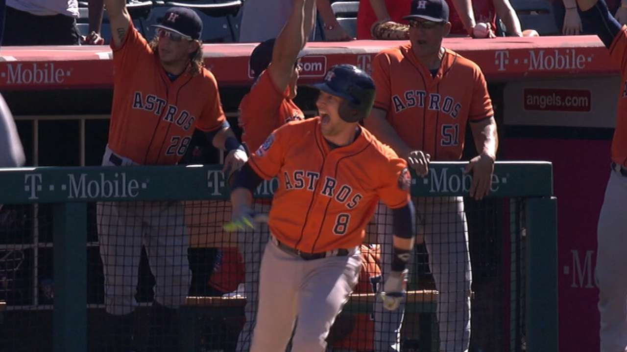 With playoff run, Astros defy expectations in '15