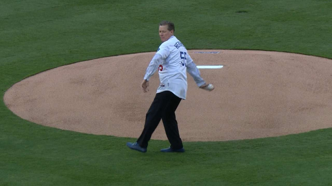 Hershiser throws first pitch before NLDS Game 5