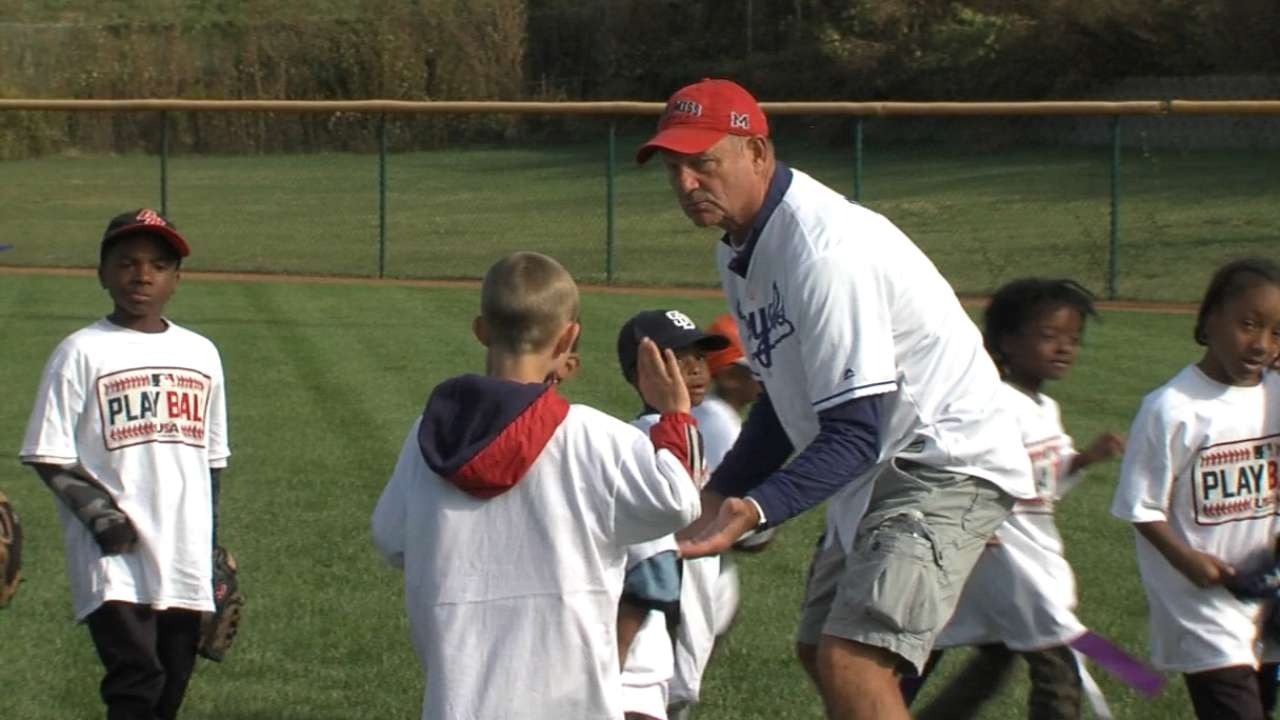 Brett, Wilson attend Royals' Play Ball event