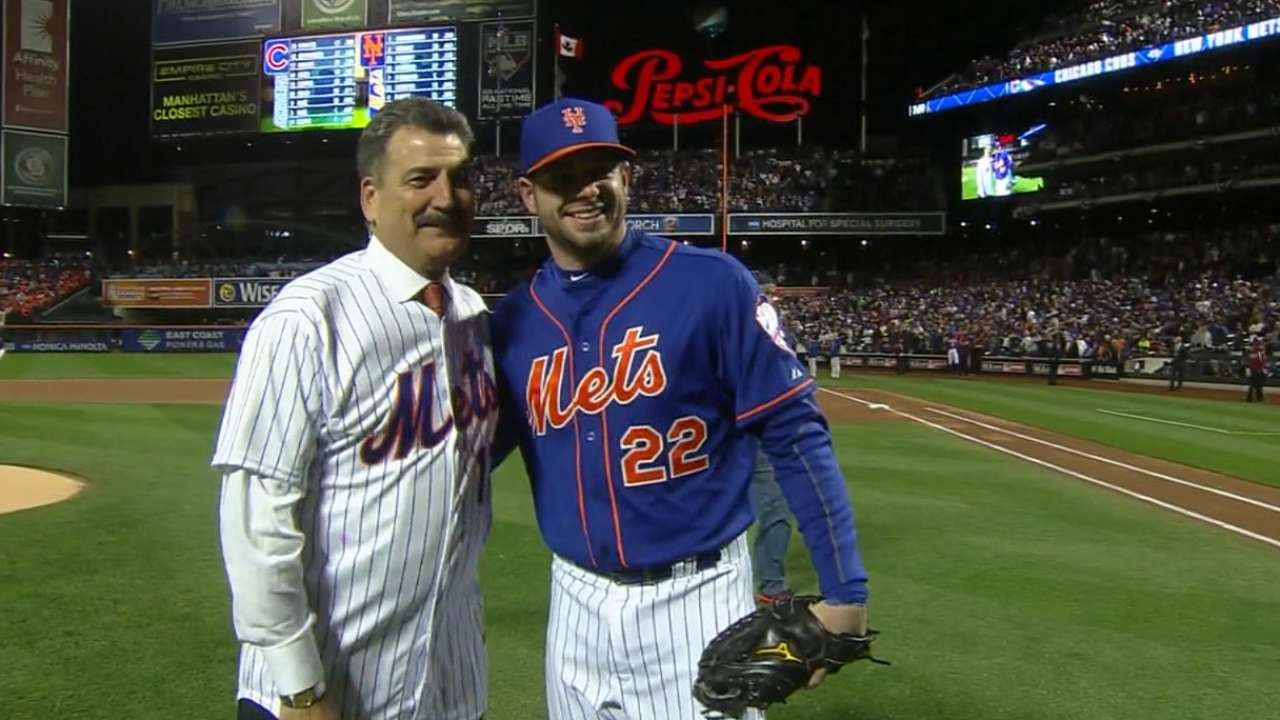 Hernandez fires up Citi Field with first pitch