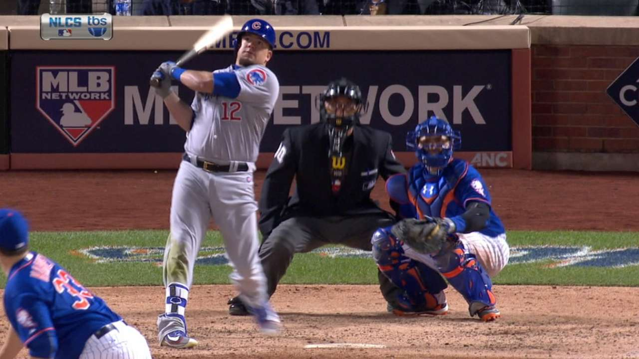Schwarber crushes three in three