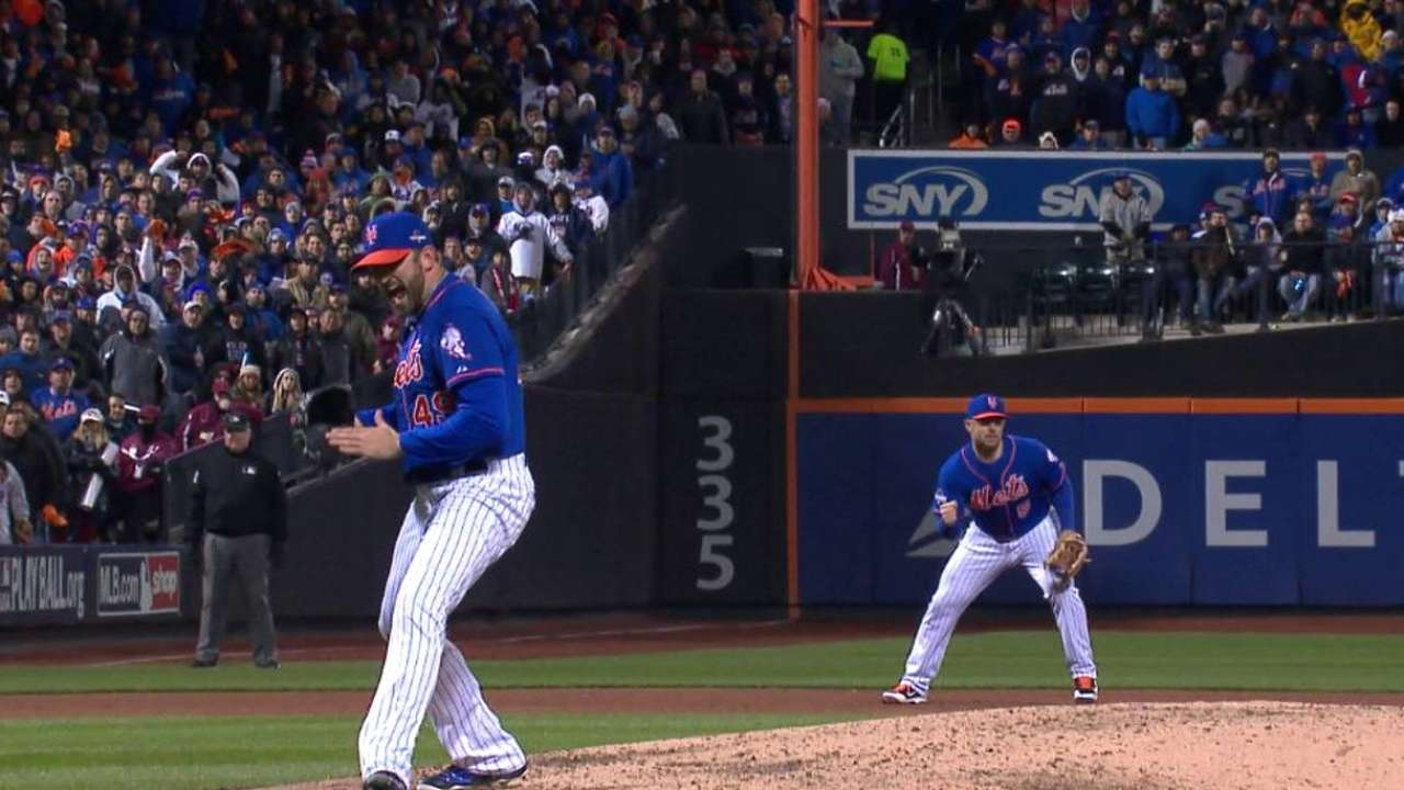Niese works out of the 6th