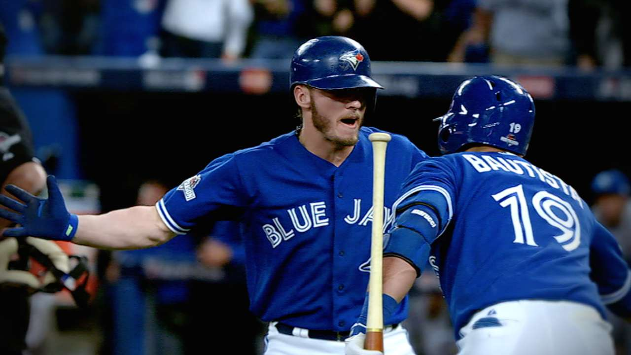 Pillar embodies Blue Jays' all-out mentality