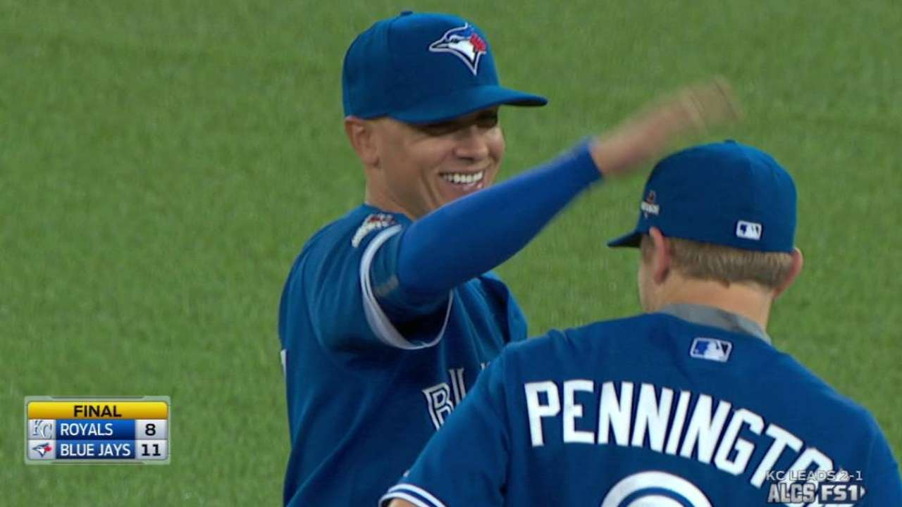 Osuna, Sanchez dealing with finger injuries