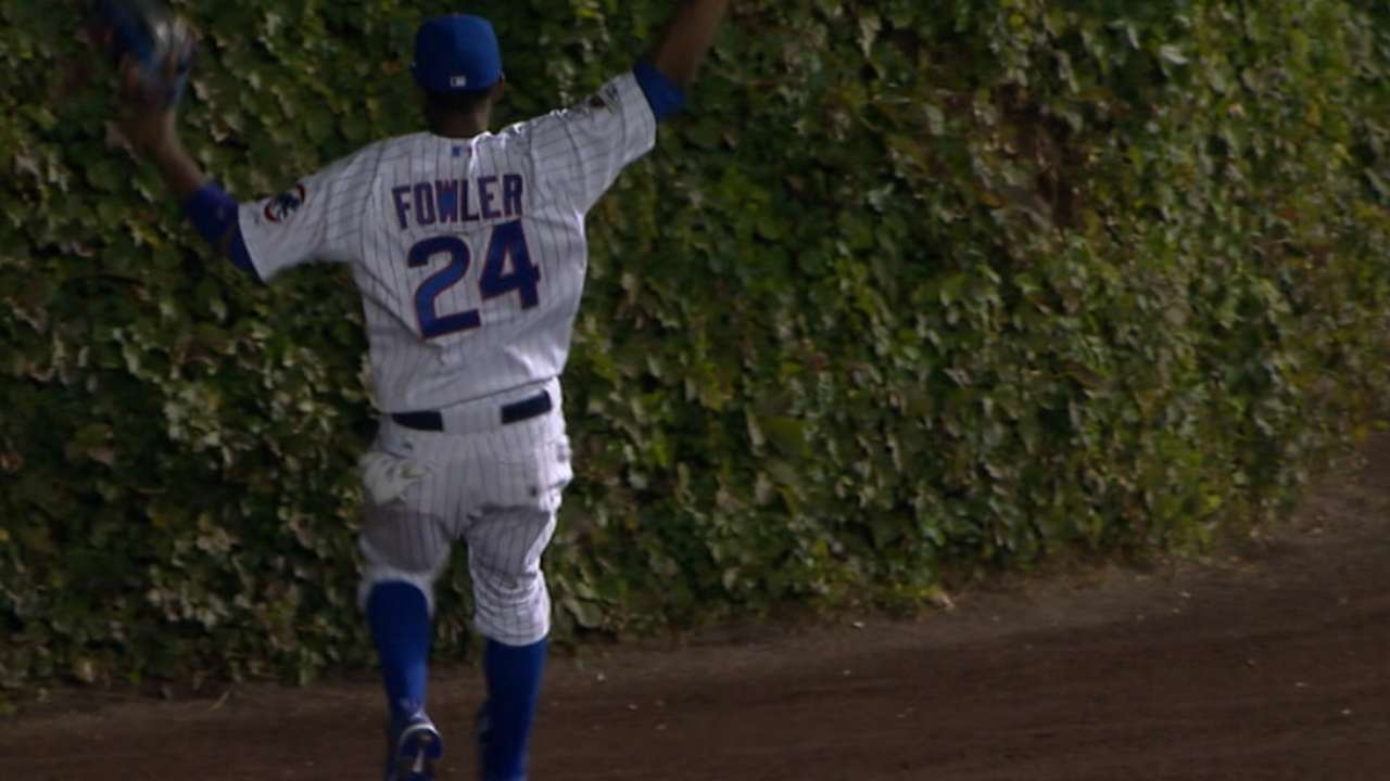 Wrigley's ivy creates 'weird situation' for Mets