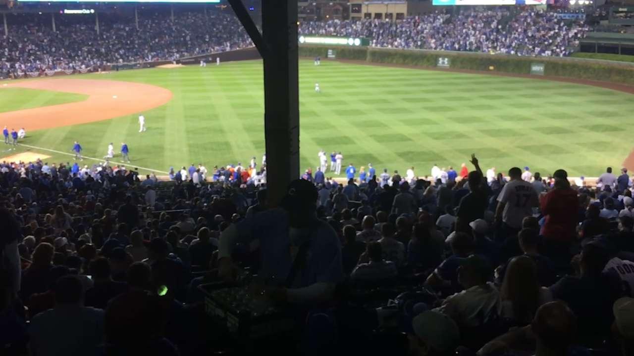 Fans in right-field corner in Maddon's heart