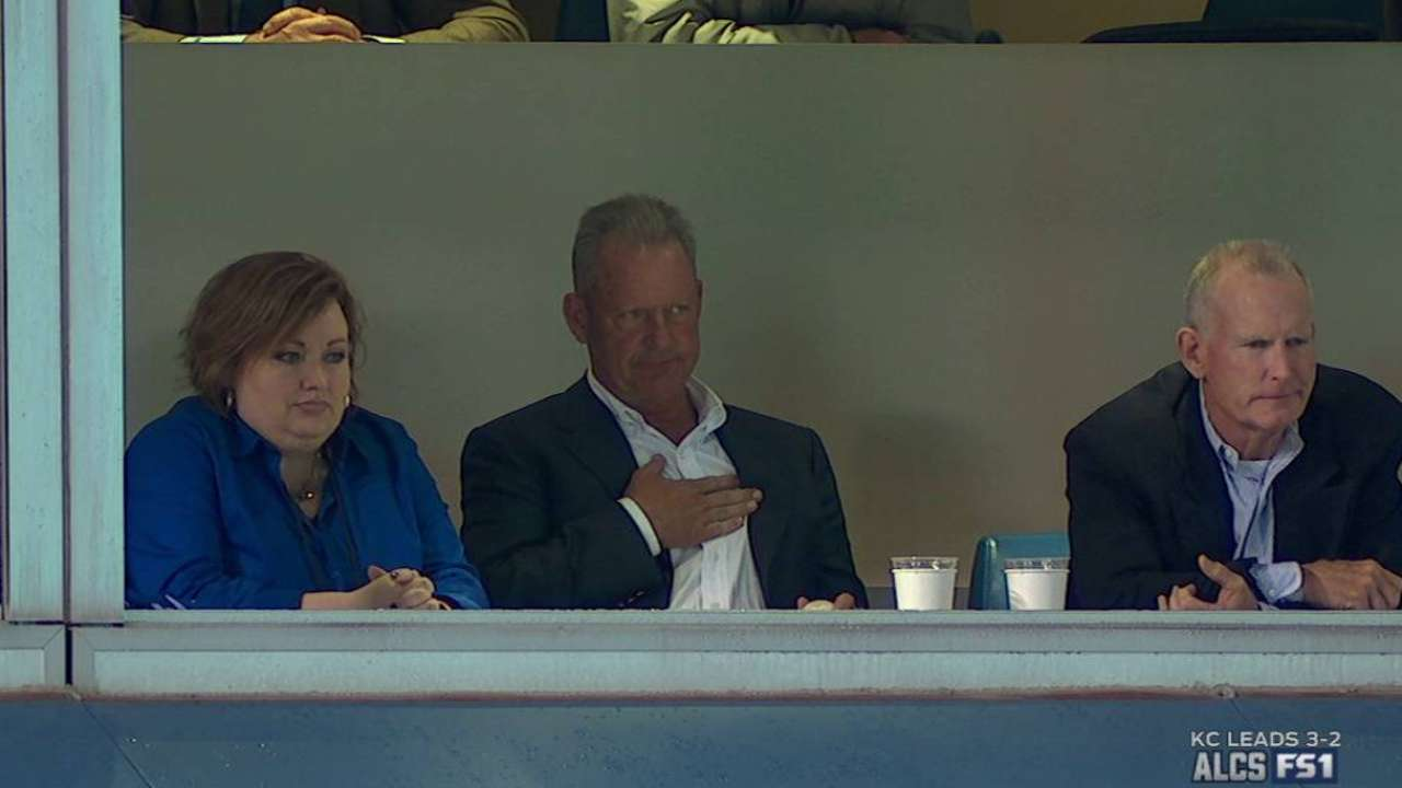 By George: Royals' joy highlights top GIFS