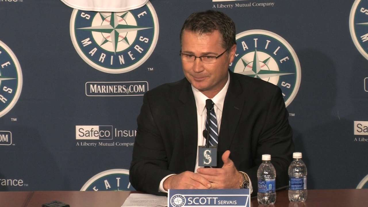 Edgar embraces return to Mariners' staff