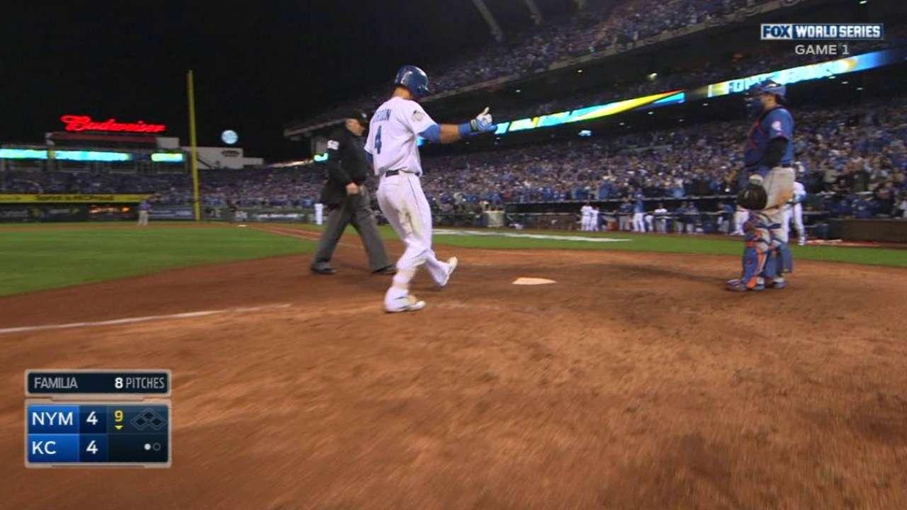 Gordon's game-tying homer in 9th