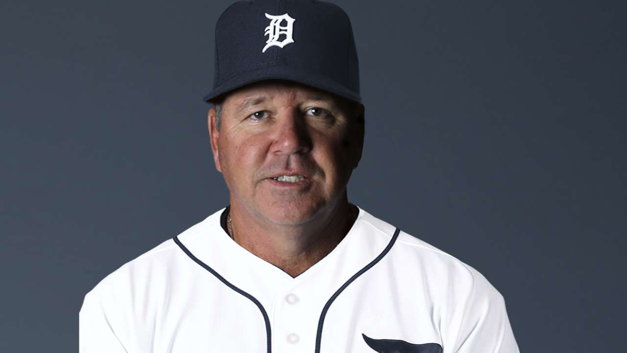 Tigers name Dubee pitching coach
