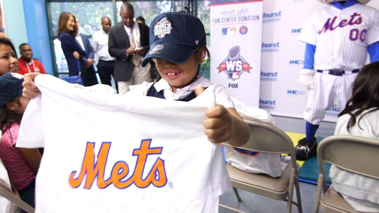 Mets, MLB brighten day at children's hospital