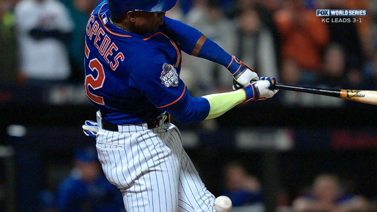 Cespedes shaken up, later exits