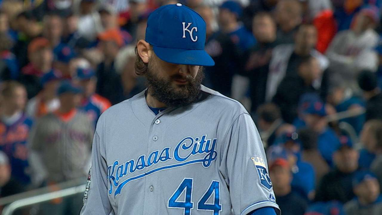 Hochevar earns Game 5 win