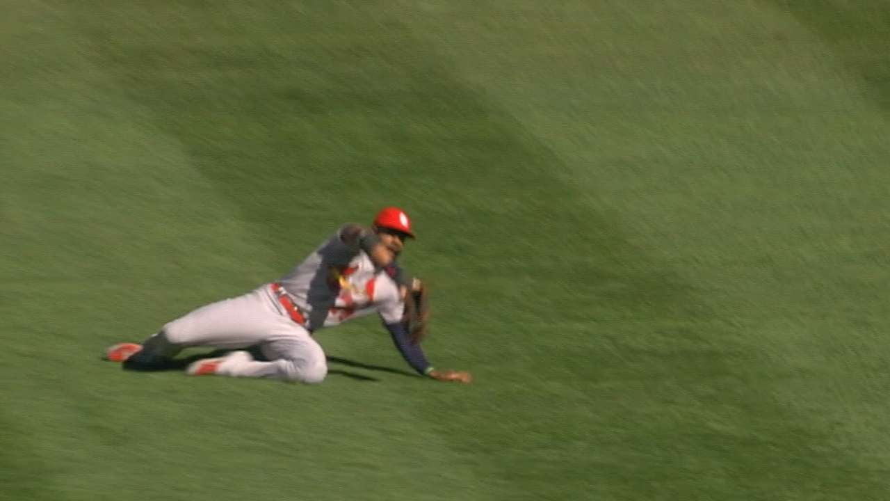 Heyward wins third Gold Glove