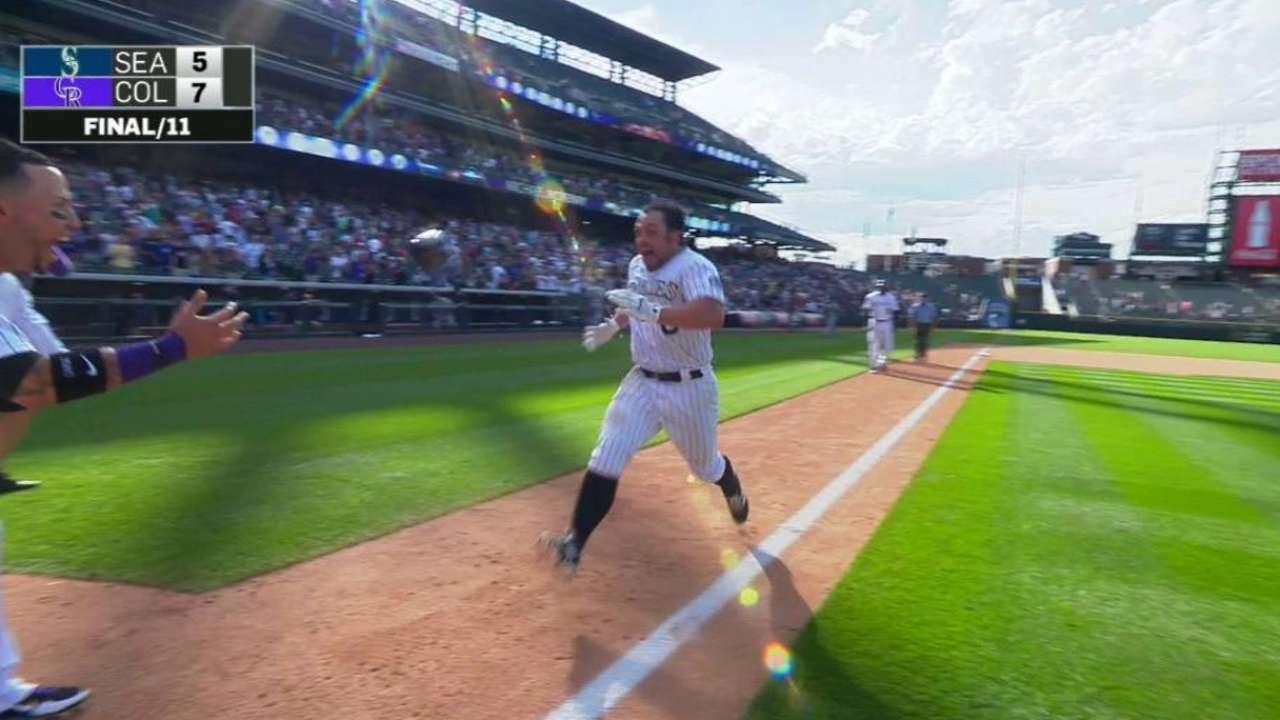 McKenry's walk-off homer