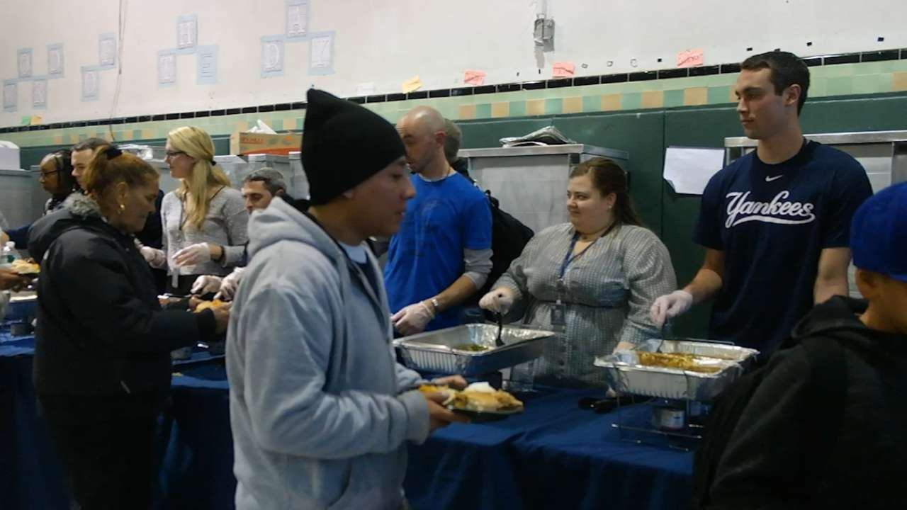 Yanks, SCAN-NY serve up Thanksgiving meal