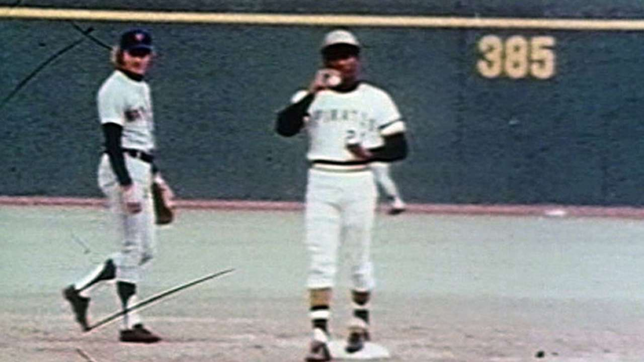 Clemente's 3,000th hit