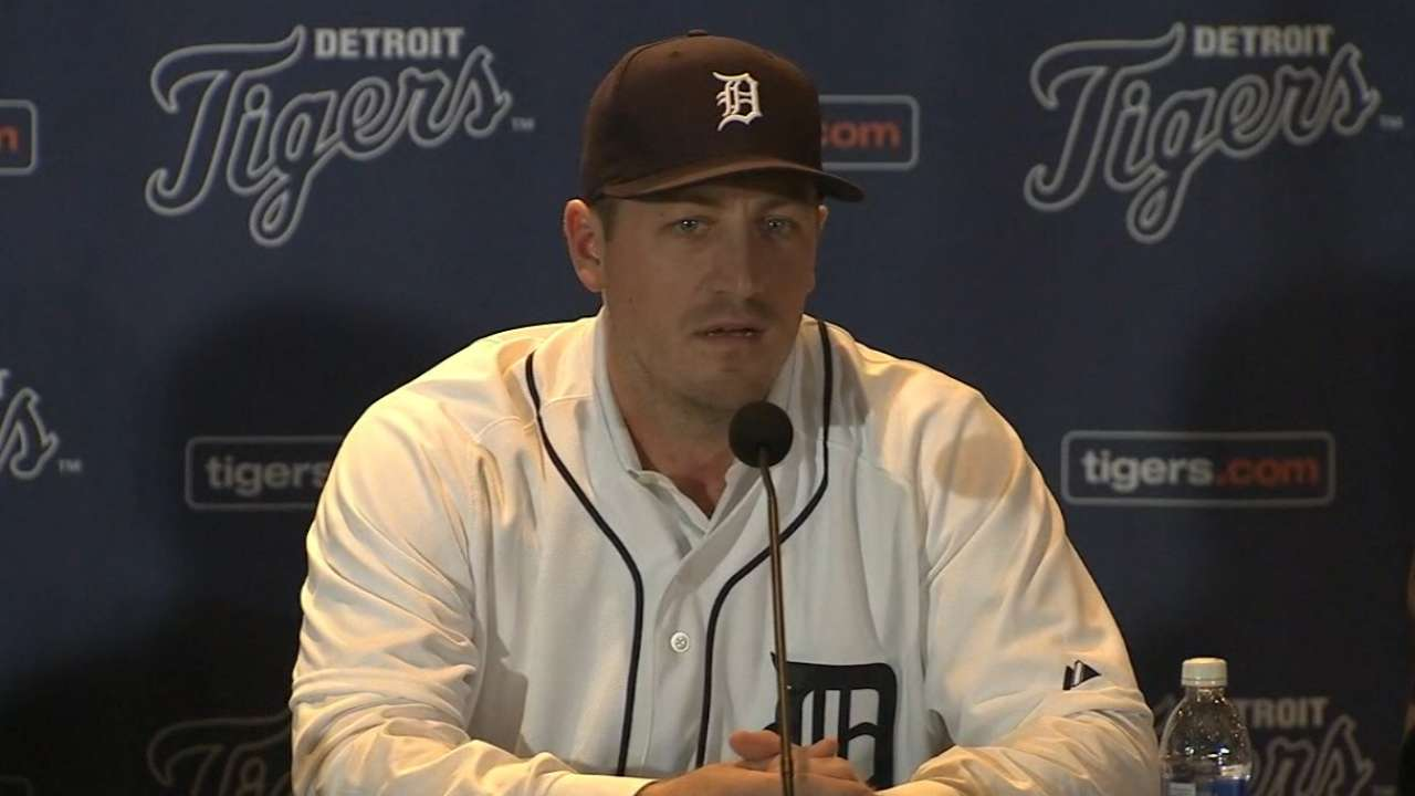 Zimmermann inks deal with Tigers