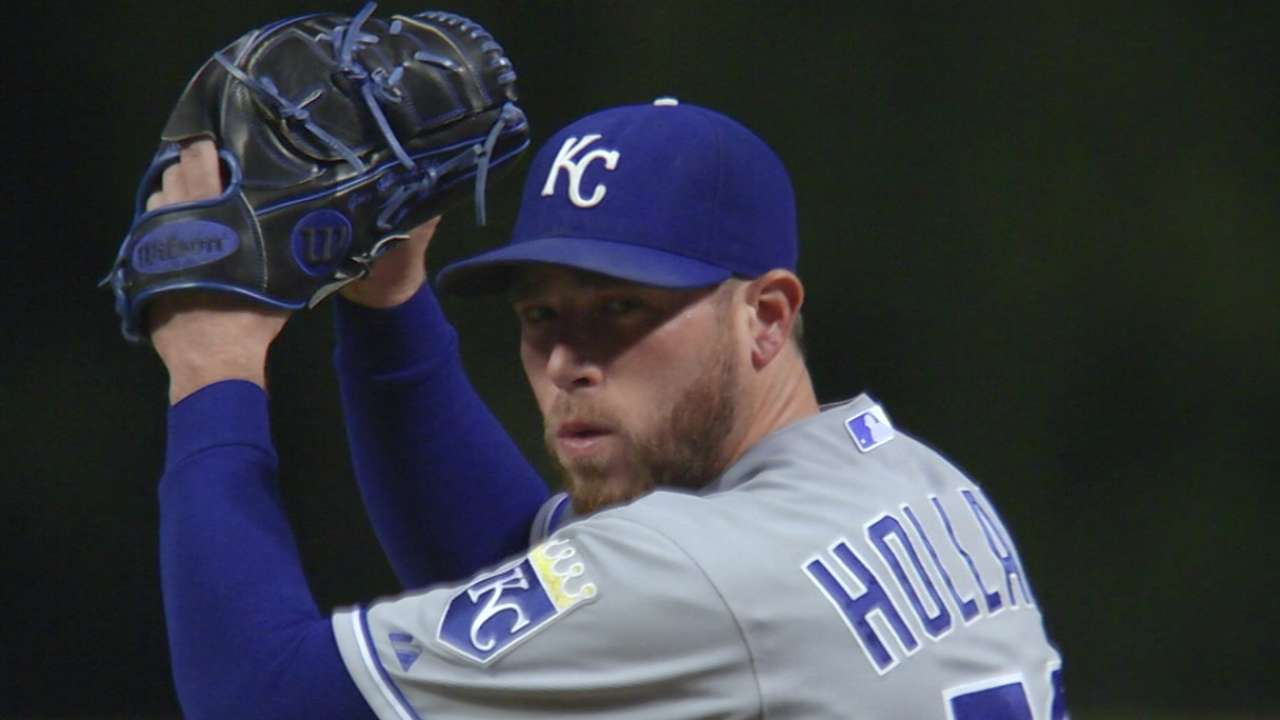 Royals do not tender contract to Holland