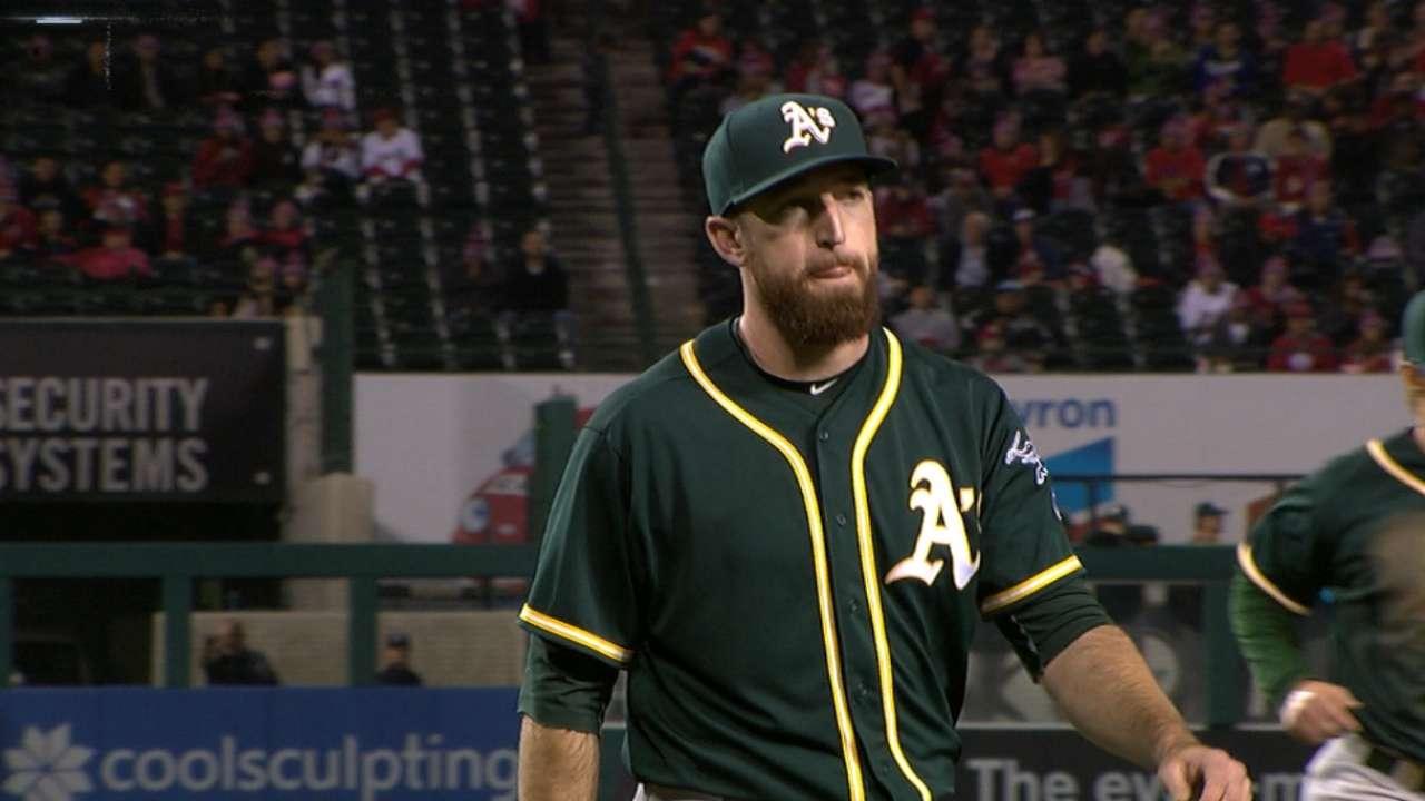 Ike Davis trata de volver a las Mayores como lanzador, ahora con Dodgers