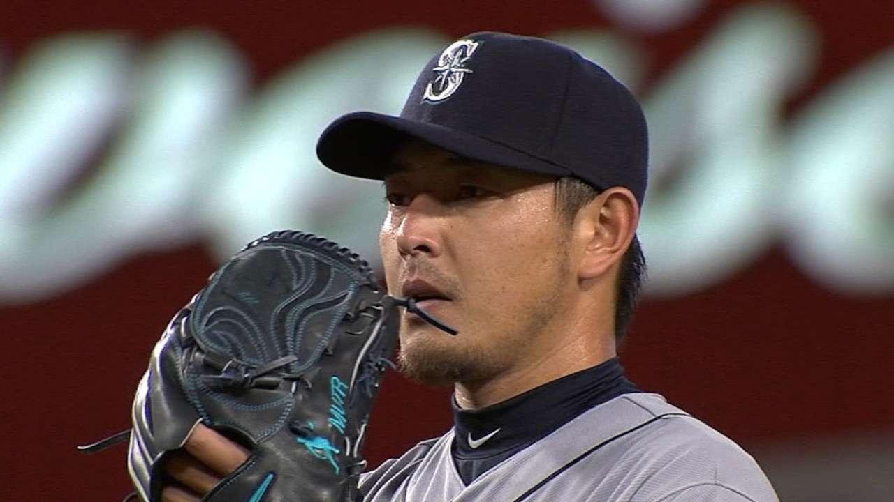 Iwakuma's deal with Dodgers hits potential snag