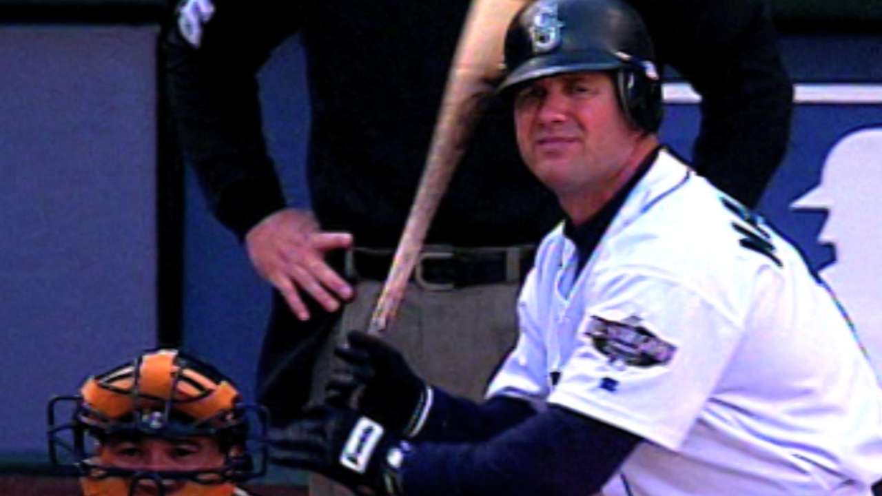 Martinez not elected to HOF