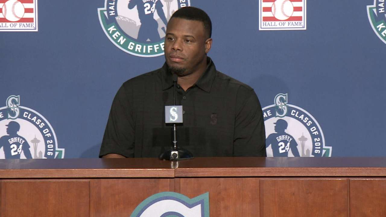 HOFer Griffey returns to Seattle