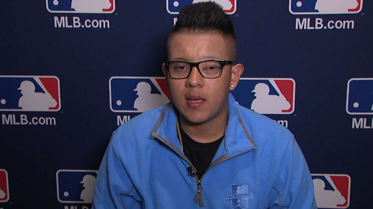 Urias looks forward to 2016