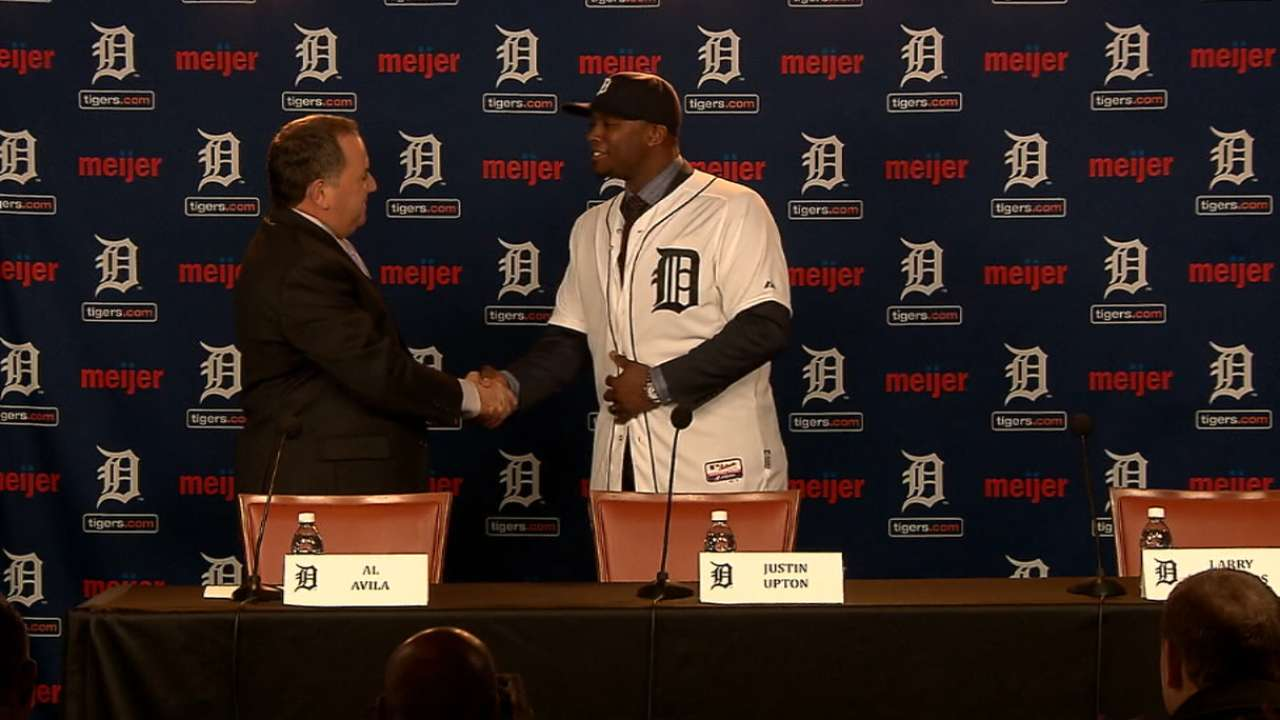Tigers introduce Justin Upton