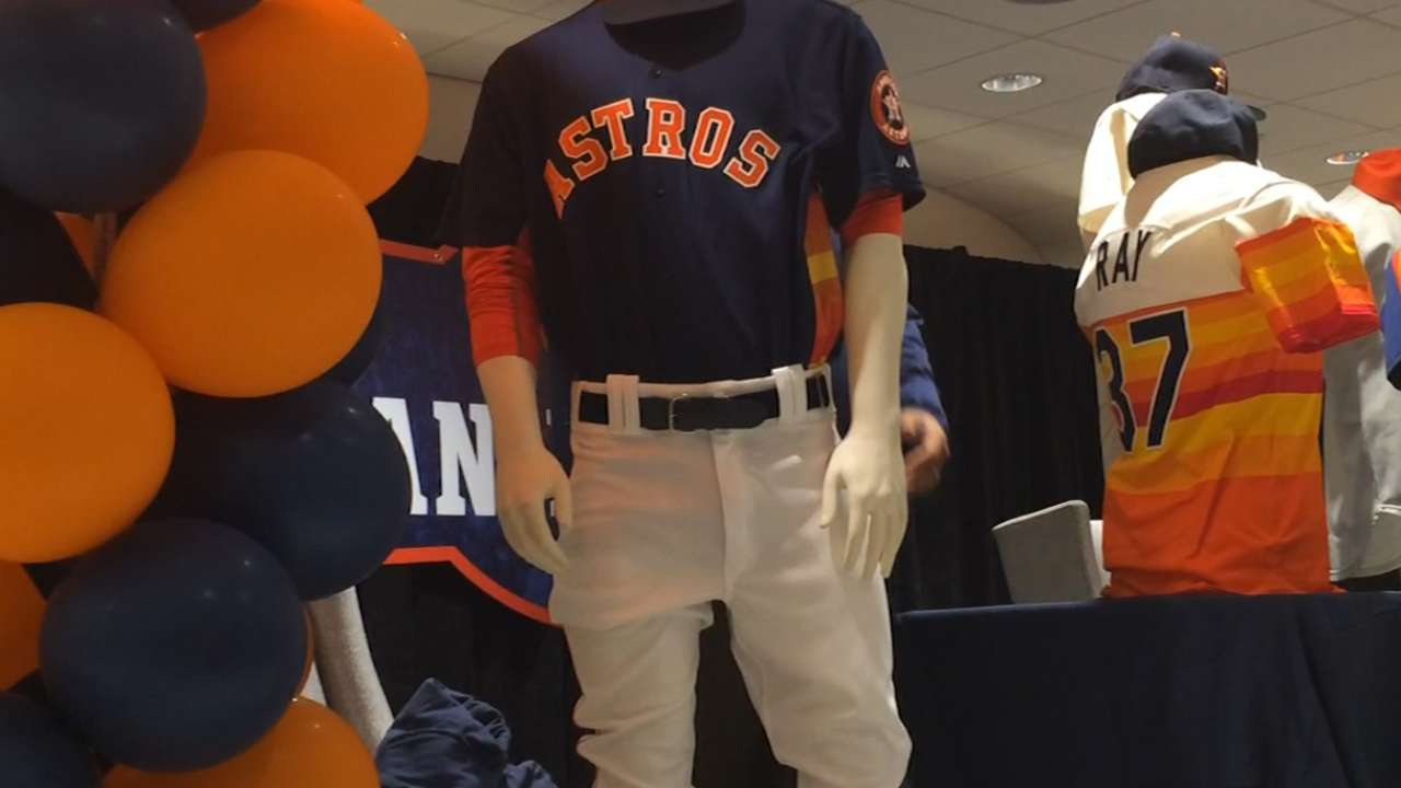 Astros unveil new Sunday game jerseys