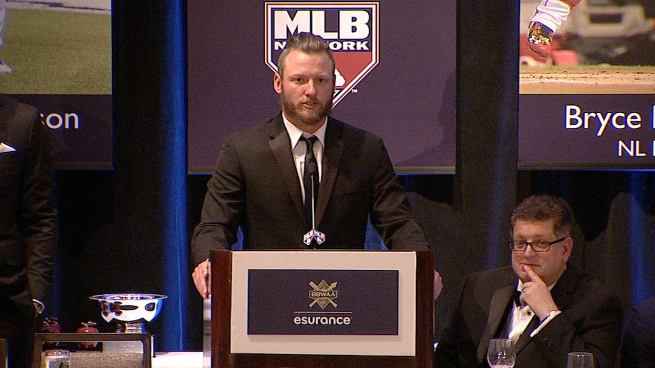 Donaldson accepts AL MVP, credits teammates
