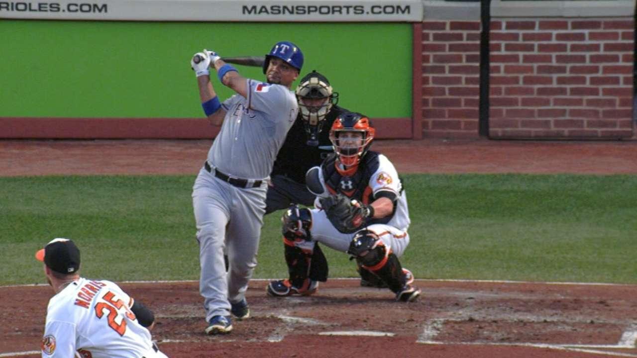 Yanks, catcher Corporan agree to Minors pact