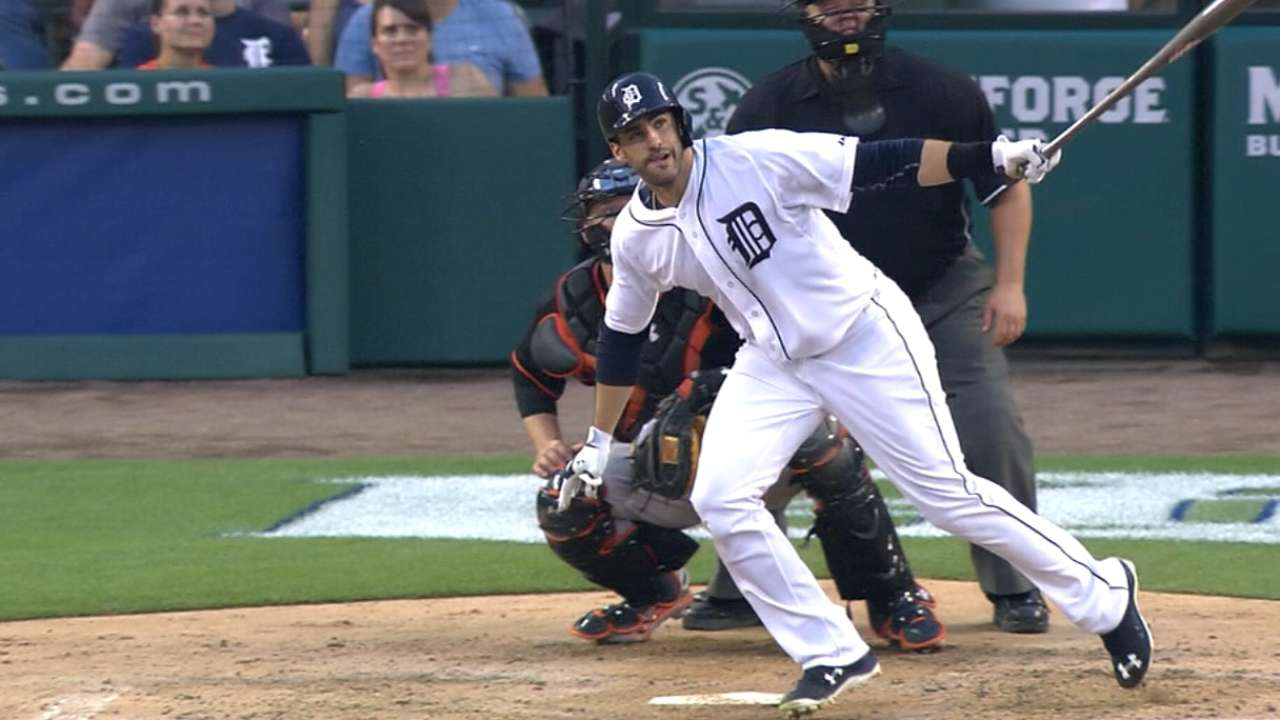 AP Source: J.D. Martinez, Tigers Reach $18.5M, 2-Year Deal