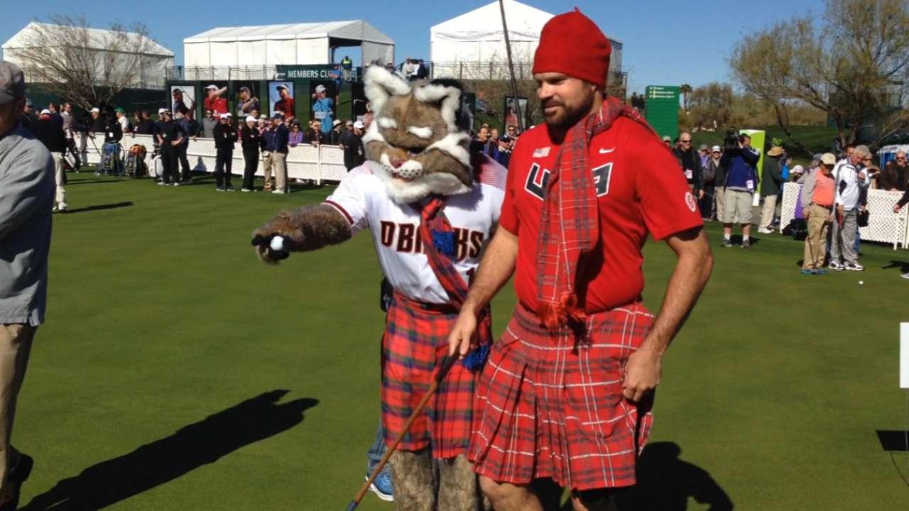 Collmenter's kilt a hit at charity golf event