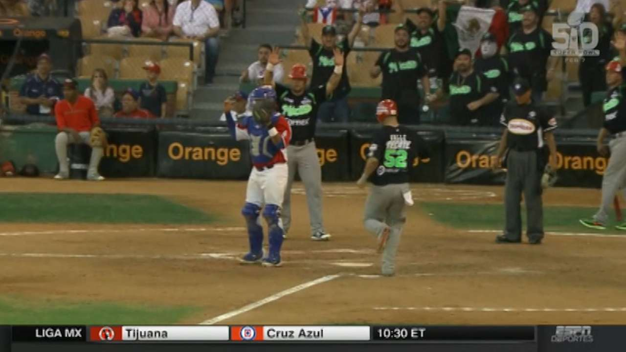 Mexico tops P.R.; Cuba advances to semis