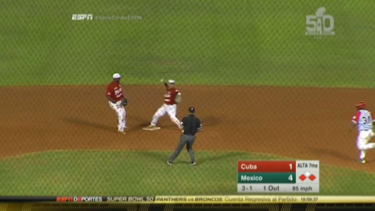 Esteban Quiroz turns a nice DP