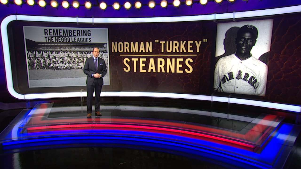 Network honors Negro Leagues star Stearnes