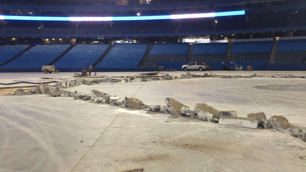 Work begins on dirt infield at Rogers Centre
