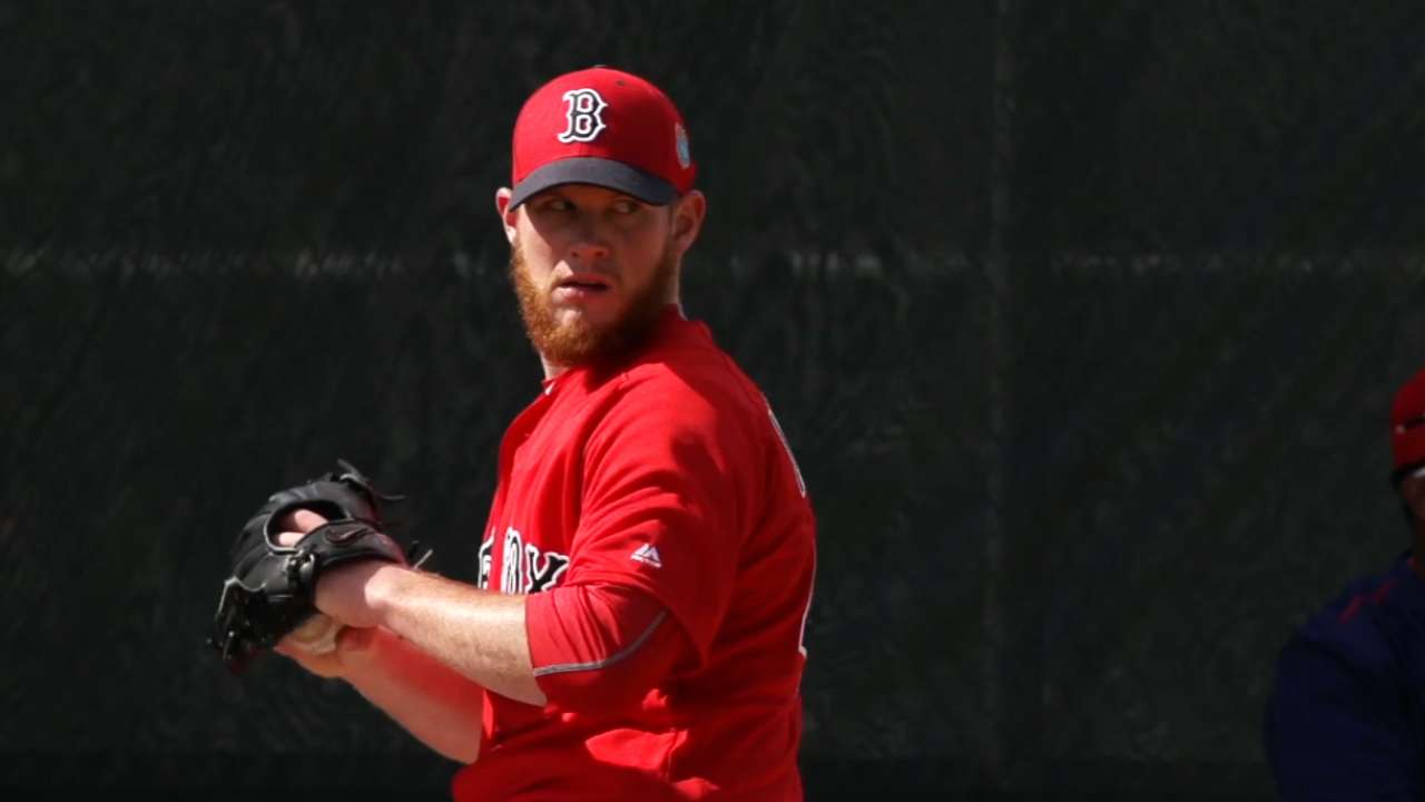 Smooth sailing for Kimbrel in Red Sox debut