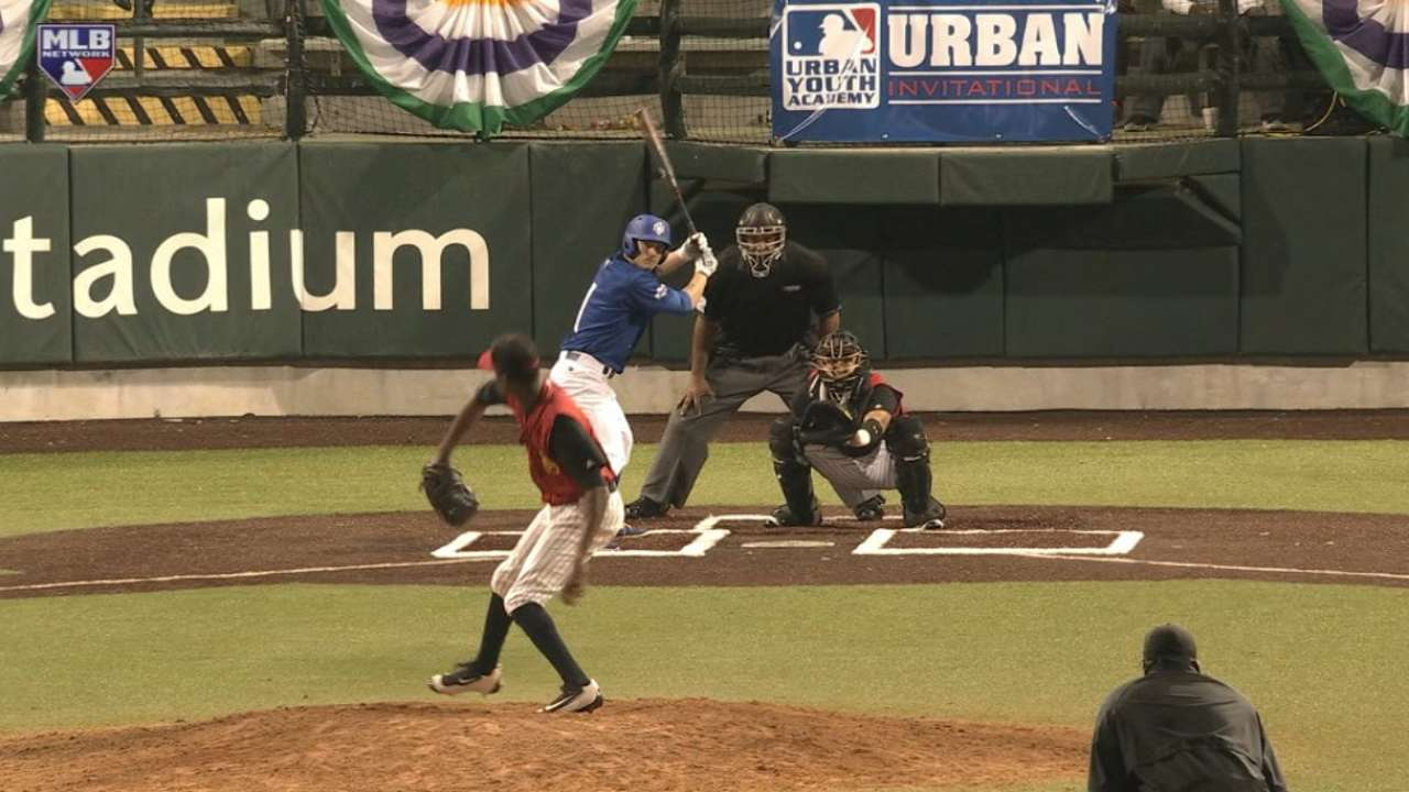 Kyle Bracey hits RBI single
