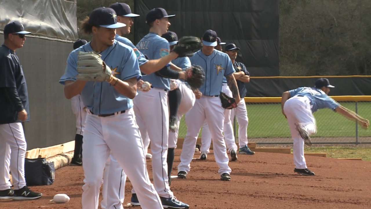 Cash, Rays' arms on opening camp
