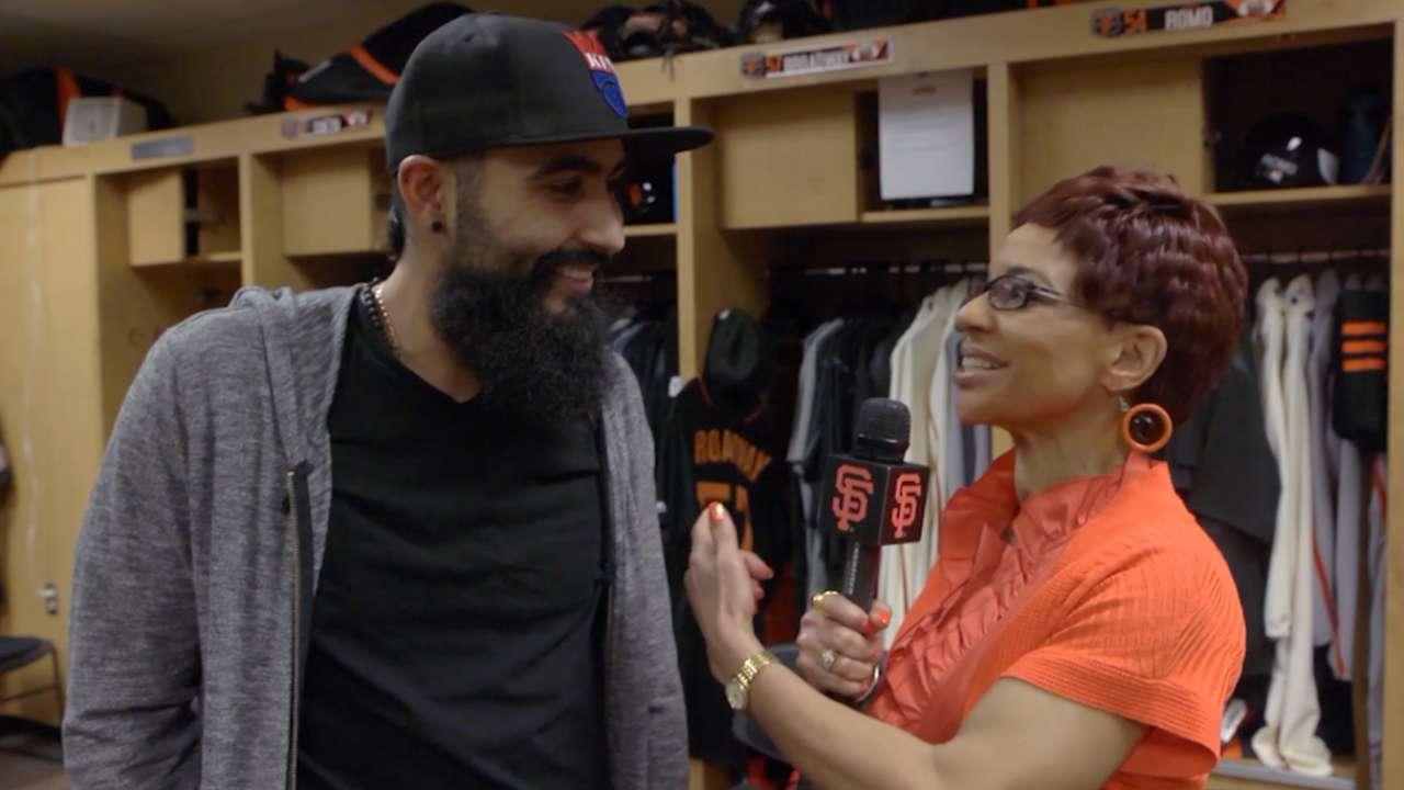 Romo takes Lincecum's locker as tribute