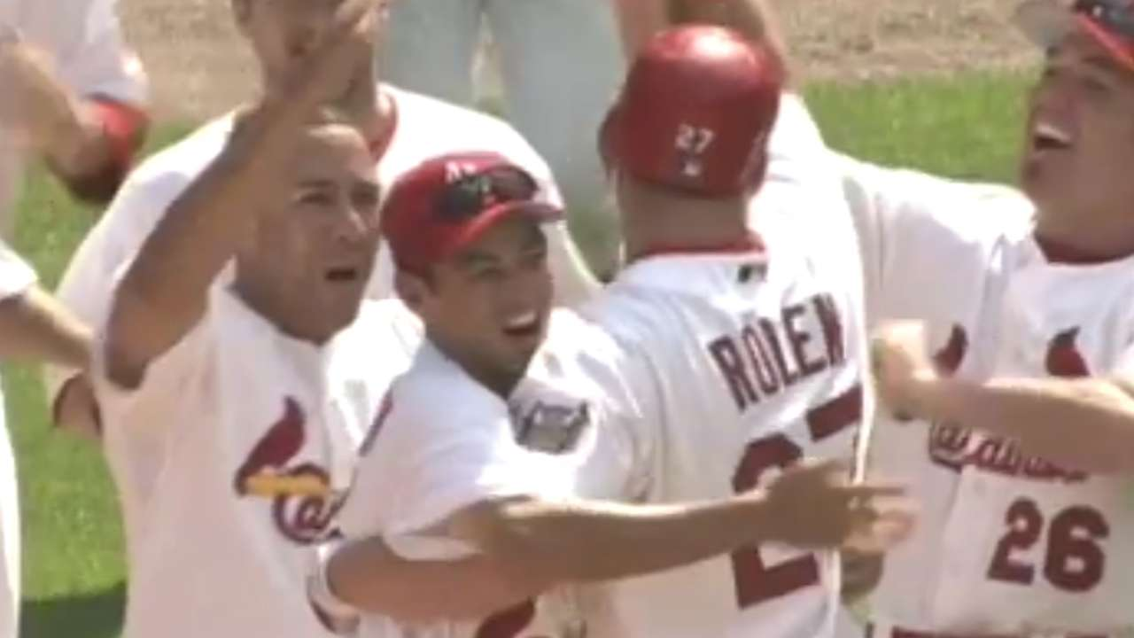 Rolen clutch with Cardinals